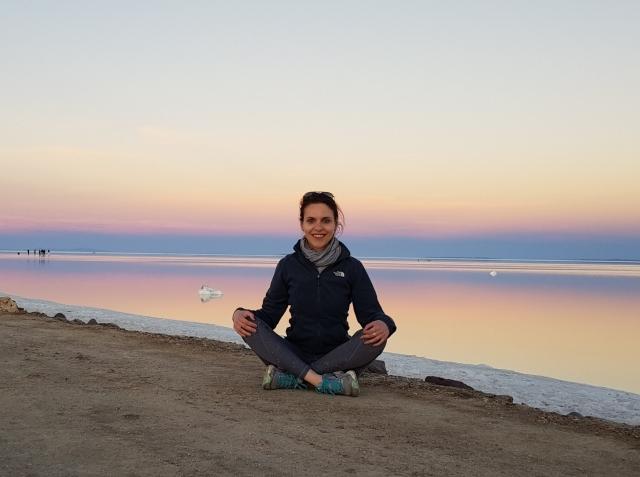 florina vilciu bolivia yoga uyuni