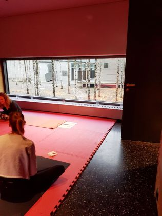 yoga hermans wohnzimmer studio 2