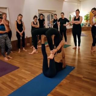 yogalovers workshop back support