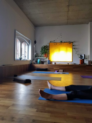 yogalives studio saturday practice 2019-2