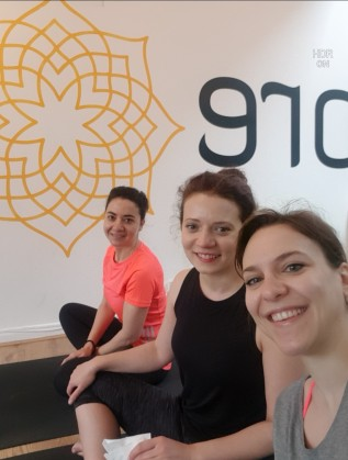 Yoga with friends in MoreYoga Camden