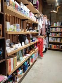 Triyoga London Shoreditch - Shop 1