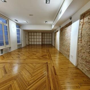 Lotus Flow at Zentro Urban Yoga Madrid - Practice room