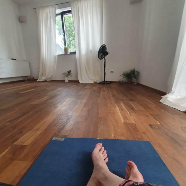 IKWE Yoga Studio Cluj-Napoca - Before practice